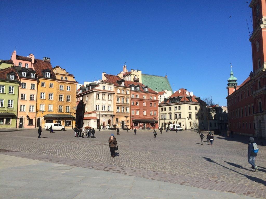 Plac Zamkowy - piękna pogoda w lutym