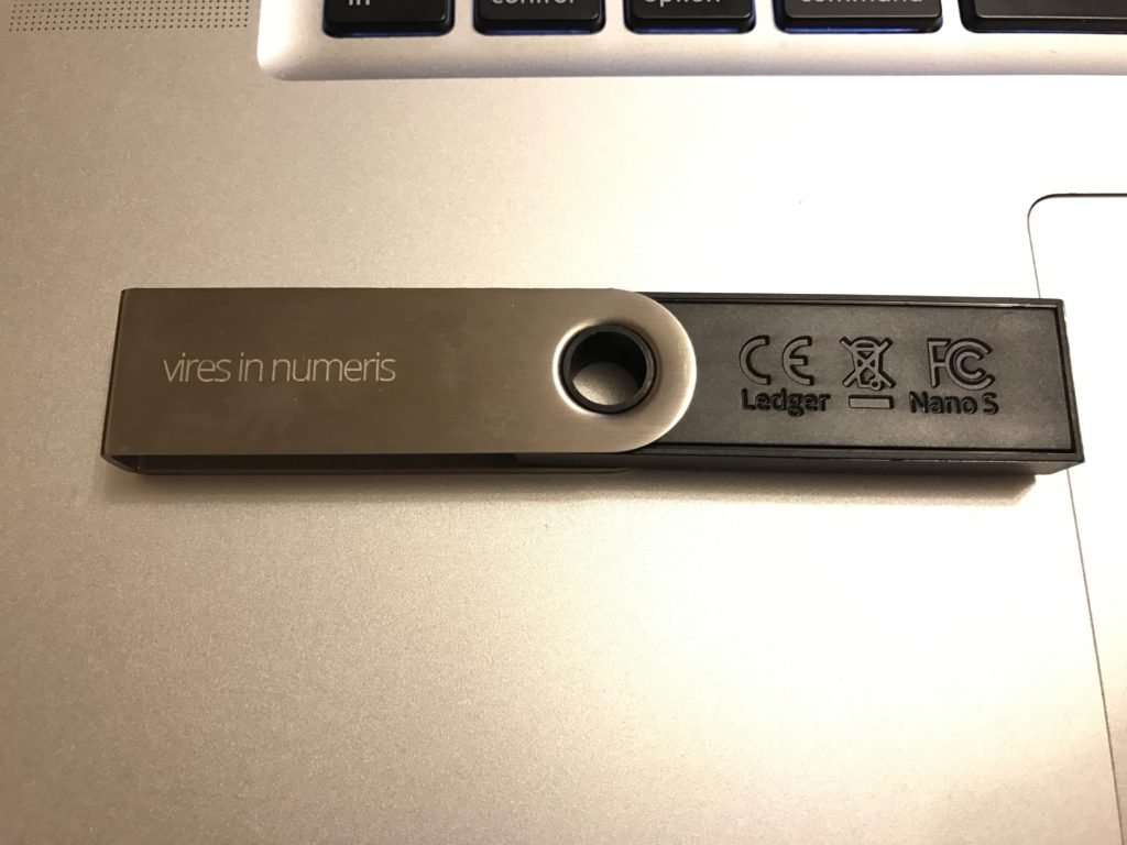 Ledger Nano S - Vires in numeris