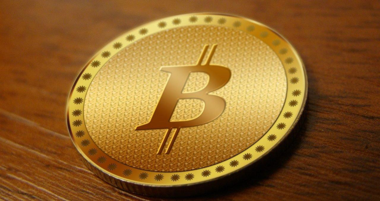 Jak zdobyć adres bitcoin? Wygeneruj go na komputerze przez przeglądarę, załóz konto na giełdzie kryptowalut lub kup portfel sprzętowy.