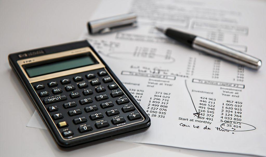 Jak zacząć Bitcoin? Zwrot podatku na bitcoin - to jest często dobry pomysł. Na początku roku dostajesz zwrot podatku, za który możesz kupić kryptowaluty!