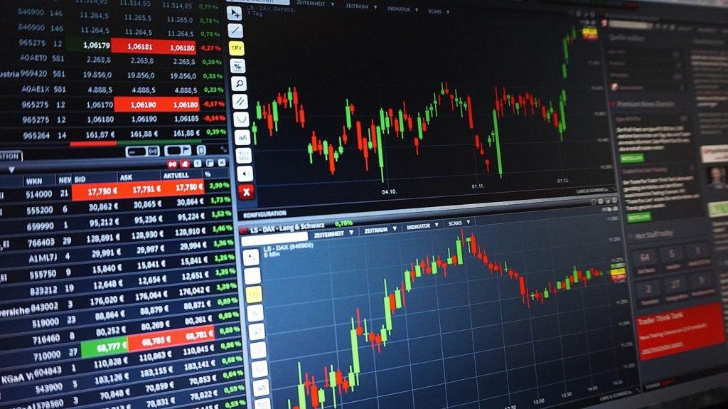 Bitcoin jak zarabiać... Boty i algorytmy zdominowały handel kryptowalutami na giełdach. Zwykły użytkownik nie ma szans na wyprzedzenie automatu.