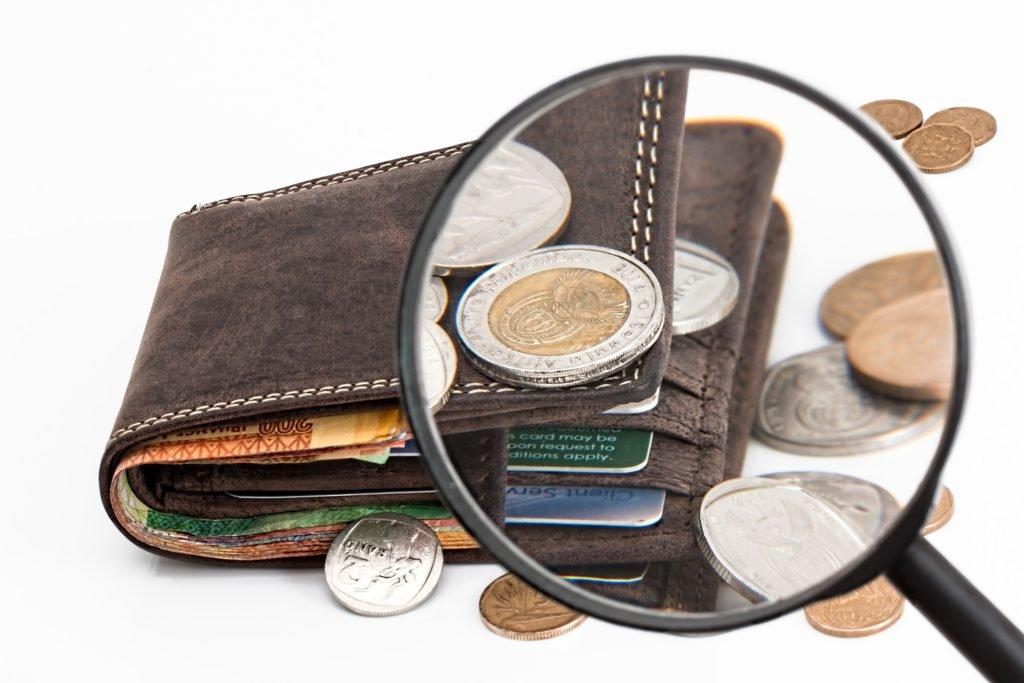 Gdzie kupić Bitcoin? Papierowy portfel bitcoin to jeden z bezpiecznych sposobów przechowywania kryptowalut.