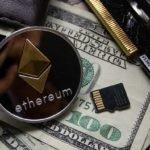Nawet wielokrotne sprawdzanie kursu Ethereum w ciągu dnia jest konieczne od wyrobienia przewagi w tradingu. Cena ETH może zmienić się o duże wartości. Traderzy mają jedną opinię - trzeba trzymać rękę na pulsie
