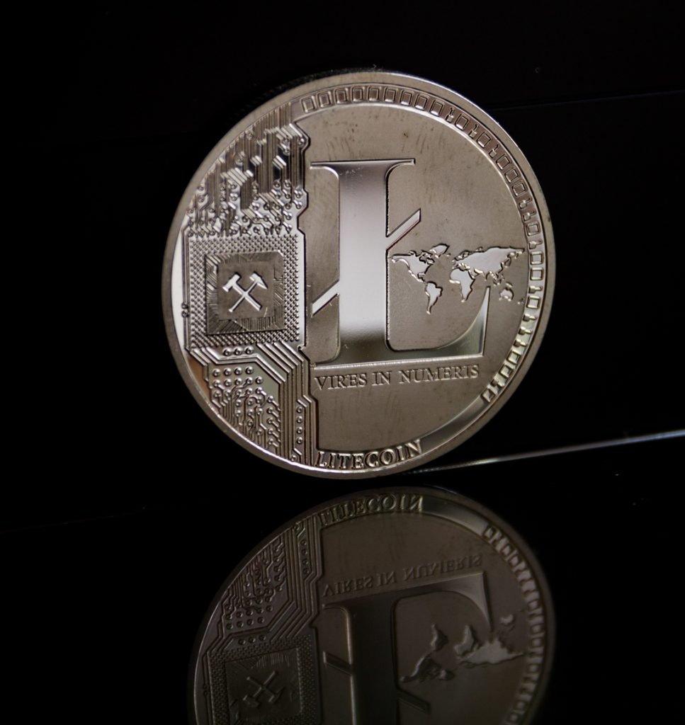 Kurs Litecoin sprawdzisz na giełdach kryptowalut i na stronach typu coinmarketcap lub cryptomaps. Traderzy powinni śledzić kurs ltc w miejscu, gdzie dokonują transakcji, żeby otrzymać najlepsze ceny.