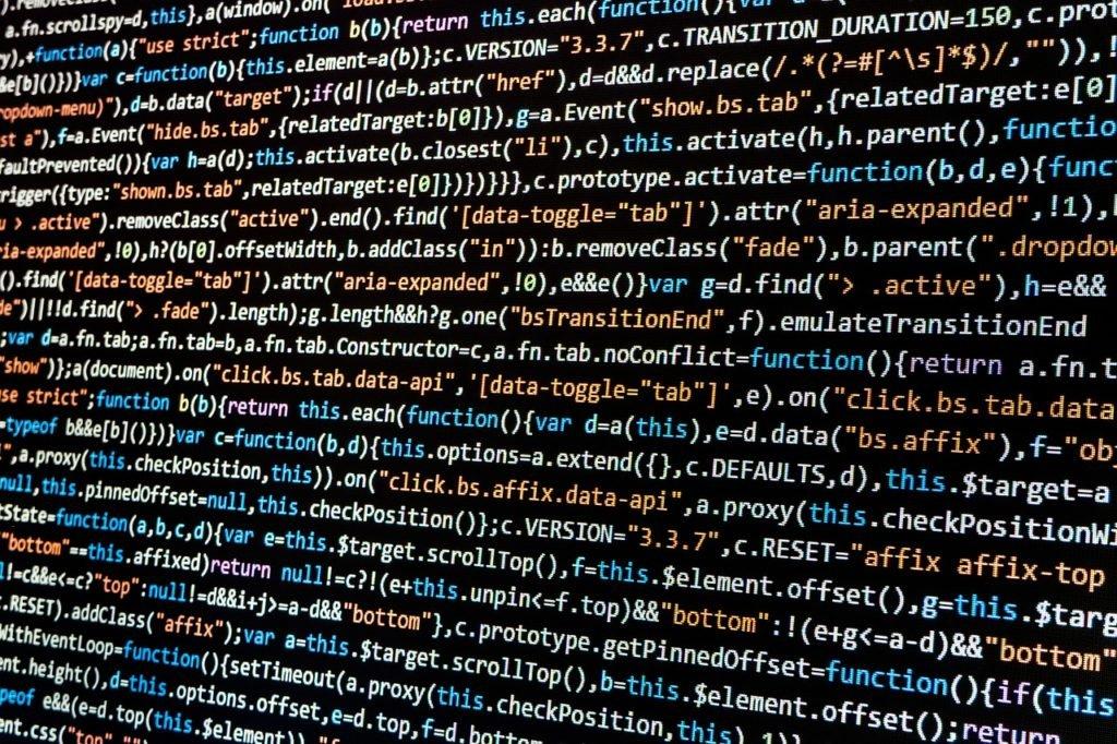 Czy zasady edukacji programistycznej pomogą początkującym szybciej wspinać się po szczeblach kariery programisty? Jakie zasady i reguły byście dodali do listy dobrych praktyk programisty?
