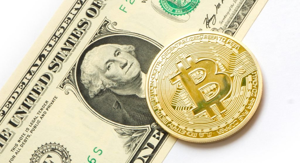 Prognoza kursu bitcoin może przynieść spore zyski, jeśli jest poprawna. Niestety przewidywania kursu bitcoin są obarczone ryzykiem.