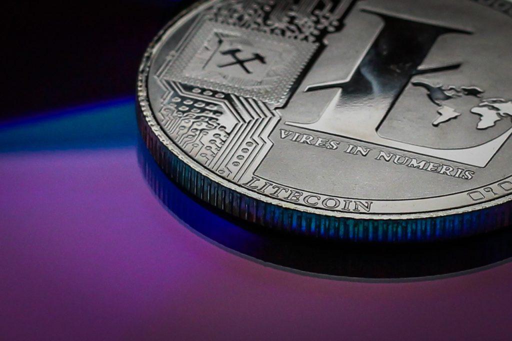 Czy kurs Litecoin da sięprognozować w oparciu o cenę Bitcoina, czy decydują parametry samego projektu LTC? Prognoza Litecoin wskazuje potencjał projektu.