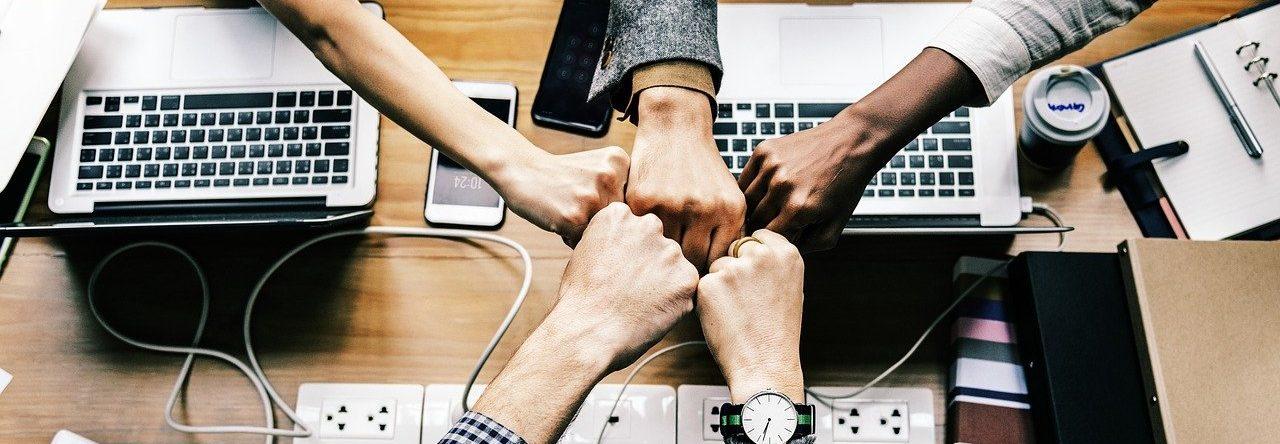 Dawcy i biorcy w zespole. Jak sobie poradzić z poprawą wyników zespołu bez krzywdzenia ludzi?